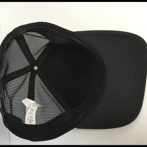 lululemon athletica Accessories - Lululemon Black Mesh Cap